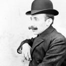 Acto 127. Presentación por Fernando Colomo del libro de fotografías Nicolás Viñuales [1882 – 1927] Vol. 1
